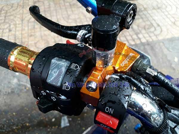 Hình ảnh: cùm Brembo màu cam ráp cho nhiều loại xe