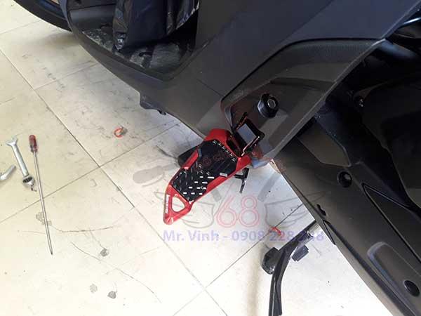 Hình ảnh: Gác chân sau CNC gắn xe SH 2012, 2017 giá rẻ tại shop 68 TPHCM Q1