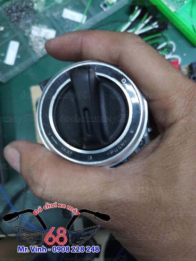 Hình ảnh: Khóa smartkey nắp tròn màu trắng giá rẻ tại shop 68 TPHCM Q1