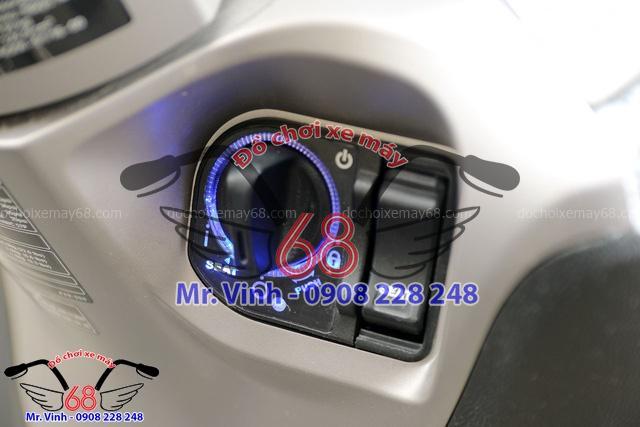 Hình ảnh: Khóa thông minh trên xe SH Mode giá rẻ tại Shop đồ chơi xe máy 68 TpHCM Q1