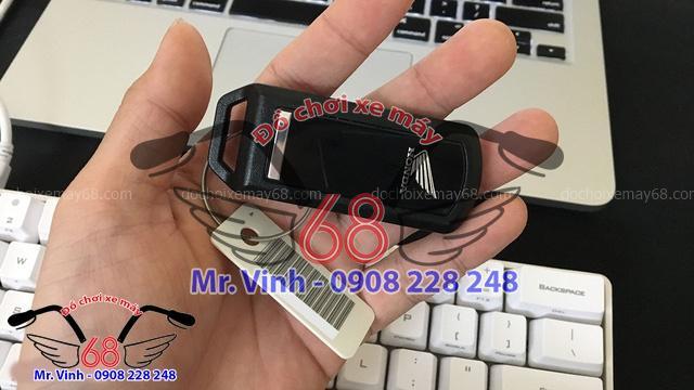 Hình ảnh: Mã số và chìa kháo thông minh của Smart key chính hãng tai Shop đồ chơi xe máy 68 TpHCM Q1